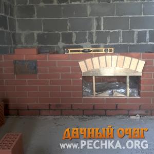 Небольшой барбекю-комплекс с плитой-духовкой, фото 4