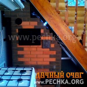 Компактная печь с духовкой под лестницей, фото 3