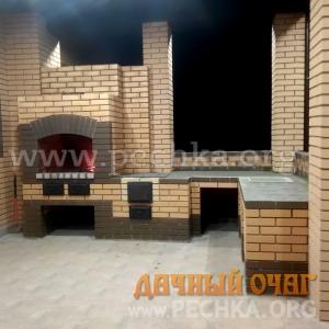 Угловой барбекю-комплекс из пустотелого кирпича, фото 3